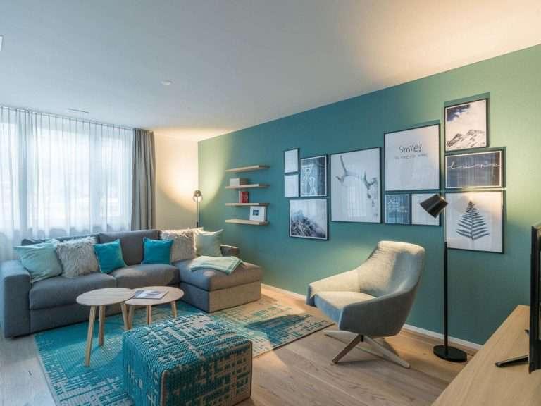 Гостиная бирюзового цвета — фото стильного сочетания дизайна