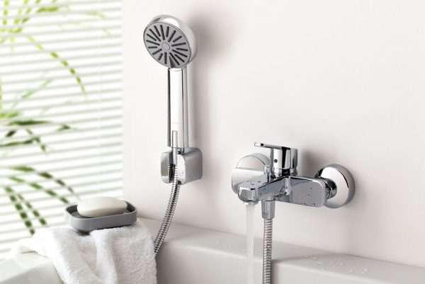 Гусак для смесителя в ванной: какую функцию выполняет