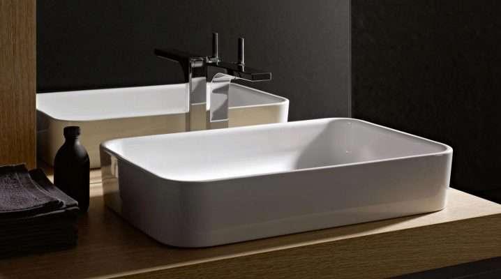 Раковина (116 фото): умывальник-чаша для ванной комнаты, рукомойник Vitra,; Акватон, квадратная раковина из керамина