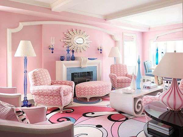 Шикарный и веселый розовый интерьер гостиной
