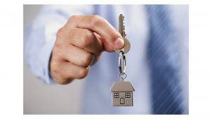 Эксперт Полякова: цена аренды ниже в квартирах без ремонта, а также на первых и последних этажах